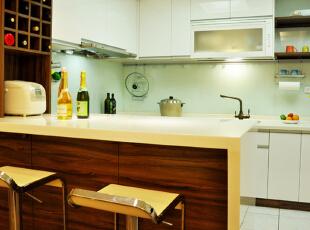 现代一居-50平米超温馨住宅 温暖舒适的生活空间
