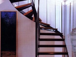 阁楼楼梯如何设计?阁楼楼梯装修效果图赏析