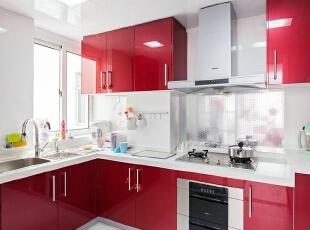 现代三居-浪漫清新75平两居室婚房装修效果图
