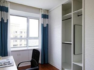 欧式三居-蓝色意境——130㎡欧式风格三室两厅