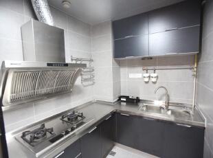 厨房基本打整完毕,还差冰箱没有买。,135平,15万,欧式,三居,厨房,白色,