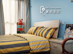 次卧室----未来小宝宝的房间,现在先做为客房使用,大方清爽一些便好。,110平,10万,现代,三居,儿童房,红色,黑白,蓝色,黄色,原木色,