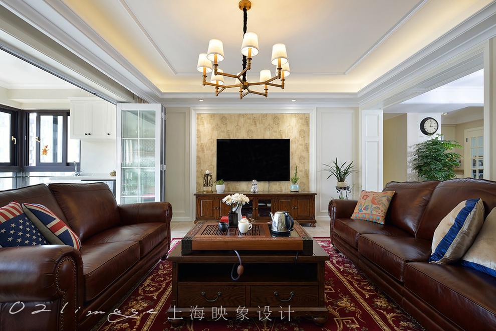 【設計風格】: 美式  客廳部分,窗簾是米色的,墻體也是米色乳膠漆