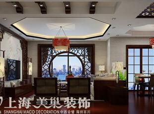 上东城144平新中式装修四室两厅效果图案例,空间色调上用红胡桃的颜色,点缀花色的软装表现古典和时尚,整体考虑对称式的造型,采用典型的中式元素来点题,加上儒雅的壁画配饰
