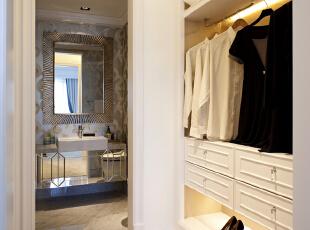 北京紫禁尚品国际装饰—衣帽间 主要用的白色的简约衣柜 地面用的暖色调的地毯 干净 大方,153平,32万,简约,四居,白色,黑白,黄色,