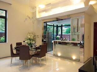 北京紫禁尚品国际装饰—餐厅 米黄色的地砖 明朗的颜色对比,米色的乳胶漆,赋予空间素净明亮的神采。,378平,68万,现代,别墅,黄色,白色,餐厅,