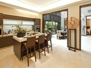 厨房:开放式的厨房,最大限度提升的业主对生活的热爱和创想,481平,30万,中式,别墅,