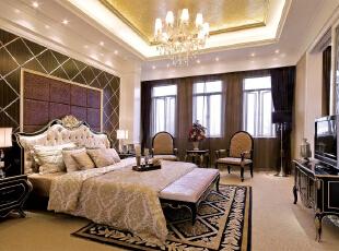 北京紫禁尚品国际装饰—卧室 整个屋子里铺的是暖色的地毯 简单的欧式吊灯 暖色的灯光 黑色的背景墙 大方,277平,57万,简约,三居,卧室,黑白,黄色,