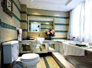 北京别墅装修设计—主卫 这款暖色与绿色的卫生间设计,用清爽已经不够形容了,没有一丝多余的点缀,散发着一种优雅浪漫的情怀。,350平,60万,欧式,四居,卫生间,黄色,绿色,白色,