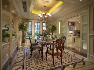 紫禁尚品国际装饰—餐厅 餐厅的设计是整个家具装修的核心,因为它是人们用餐的地方,也是人们放松和储蓄能量、迎接新的工作挑战的准备时刻。 餐厅在欧美既是餐饮的场所,更是社交的空间。,378平,67万,欧式,别墅,餐厅,原木色,黄色,