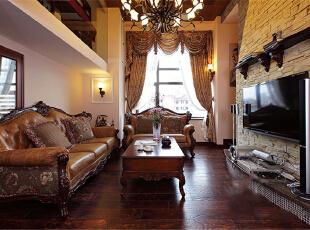 本案整体定义为美式跟新中式的混搭,透露着典雅舒适的乡村生活气息。在设计这所空间时,整体风格上选择了成熟的基调,沉着厚实,透出与居住者年龄相称的气质。客厅宽大而气派,典雅的实木宽纹暖色地面,精致的陈设,以及那些名贵内敛的金色石膏背景墙墙面和搭配的窗帘,都让人感觉到生活的温暖和亲切。上海聚通装潢最新设计,欢迎品鉴!,230平,62万,混搭,别墅,客厅,原木色,