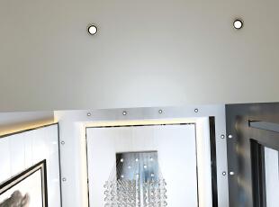 天花的造型,通过沙发背景的延伸,水晶灯的点亮空间,230平,27万,现代,复式,客厅,白色,原木色,黑白,