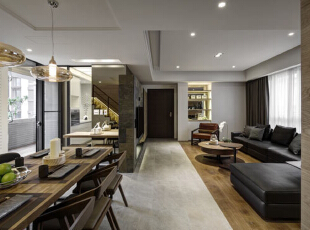 电视短墙与地坪材质分野开放空间的独立机能。  餐厅位于日光交会处,明亮用餐的温馨时光。,198平,30万,现代,别墅,