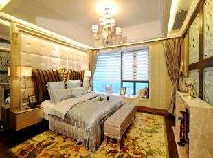 北京紫禁尚品国际装饰—主卧 大花纹的地毯 背景墙用软包 暖色的灯光 欧式的吊灯,176平,38万,欧式,三居,卧室,白色,黄色,黑白,红色,