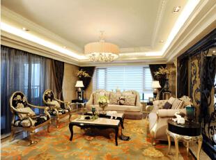 北京紫禁尚品国际装饰—客厅 欧式的吊灯 在配上花纹的地毯 欧式的沙发 奢华 大方 简单的吊顶造型 打这暖色的灯带 空间充满温馨感,176平,38万,欧式,三居,客厅,黑白,黄色,