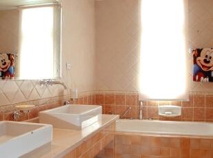 北京紫禁尚品国际装饰—客厅 卫浴空间是解放心灵的地方,当你关起门来,将自己交给这充满个性的空间,它会负责很好地善待你的身体,并且可以解放你的心灵重担。,277平,55万,田园,四居,卫生间,黄色,蓝色,红色,