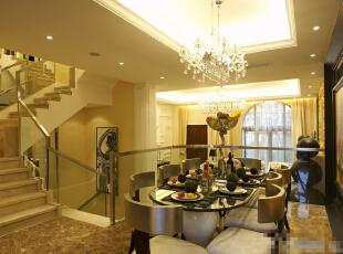 北京紫禁尚品国际装饰—餐厅 主要用的比较偏现代的餐桌 现代的水晶吊灯 配上暖色的灯光搭配 温馨 柔和,350平,65万,韩式,四居,餐厅,欧式,现代,黄色,黑白,绿色,