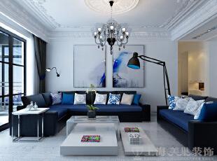 中豪汇景湾三室两厅158平简欧装修案例效果图——客厅、沙发背景墙,简单的挂画搭配哑光质感乳胶漆踏实质朴,宽敞的布艺沙发具厚实温暖,落地灯具与沙发背后的实用性壁灯,对称了光线上的沉实。,158平,12万,欧式,三居,中豪汇景湾装修,美巢装饰,装修装饰,装修优惠,装修团装,客厅,白色,
