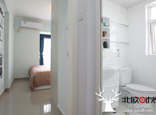 主卧和卫生间。,60.0平,6.0万,欧式,小户型,卧室,卫生间,