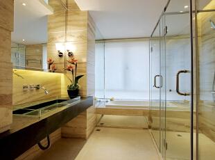 卫生间:暖色调为主,加上台面上的插花让整个空间充满生机,300平,25万,现代,别墅,