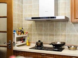 厨房 因为业主没在家里长期 就餐 所以顶面材质 没有采用铝扣板吊顶,155平,78万,混搭,三居,