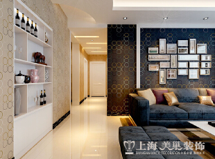 紫荆尚都138平三室两厅现代简约装修,整体采用木地板,使空间显得更温馨,而且木地板是现代大部分客户比较认可,舒适,多样。,138平,9万,现代,三居,客厅,黑白,