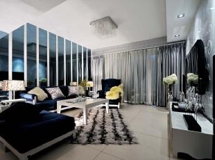 北京别墅装修设计——客厅 浅暖色的地砖 简约的布置 深蓝色的沙发 现在的水晶吊灯 简单的电视背景墙!,327平,66万,简约,四居,客厅,黄色,黑白,蓝色,