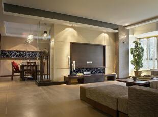 客厅:中式的家具摆放的仅仅有条,加上现代的沙发使整个空间更加的立体,186平,15万,中式,四居,客厅,黑白,
