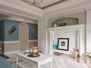 墙体的3D结构给空间增添了美的视觉效应,装饰的很多元素都会令你爱不释手。,120平,14万,地中海,三居,客厅,白蓝,