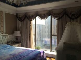 主卧室一角,窗户对面是五星级酒店,170平,150万,新古典,三居,白色,黄色,卧室,