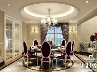褪去富丽堂皇的衣裳,清浅色的地板与墙面,透出清澈的背景。伴着窗外的远山,享受精致的佳肴,尽揽晨夕之间的光影变幻。,580平,320万,欧式,别墅,餐厅,黄色,