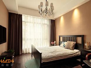 描述:为避免空间不是单一的追求某一种风格,将现代,中式,以及西式设计手法等不同的元素完美结合。,250平,28万,中式,别墅,卧室,白色,