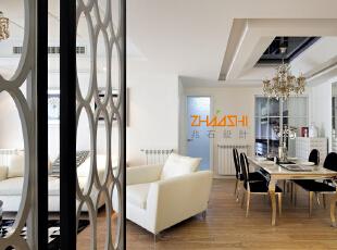 描述:暖气片的位置合理的布局,不影响家具的摆放。,130平,8万,现代,三居,餐厅,