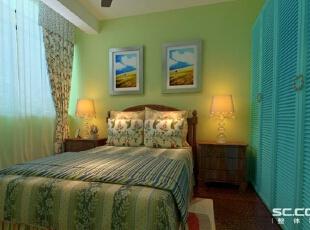 卧室设计: 主卧刷了一个浅绿色的漆和蓝色的衣柜,浅绿色的漆让人感觉田园的亲切,蓝色的衣柜让卧室和客厅有了一个呼应,突出地中海的感觉。,112平,10万,混搭,三居,