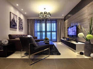 """客厅设计: 电视墙是整个客厅中最引人注目的地方,在对它的处理中我选择了用瓷砖和壁纸搭配简单而明了。因为瓷砖的合理使用让空间的硬气感大大提升。简约是一种生活方式 """"简洁与天才是一对孪生姊妹。""""选择简约就是选择了一种对待生活的态度。,93平,8万,现代,两居,"""