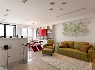 客厅的入户门地毯,毛茸茸非常舒服。,88平,10万,简约,两居,客厅,白色,
