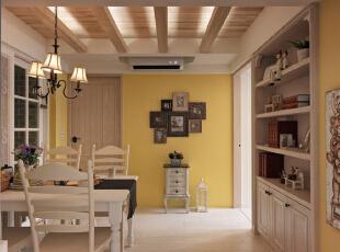 原木的材料加上黄色乳胶漆刷至起来的餐厅看起来温馨而舒适,墙上随意挂置的照片又无不体现着主人的生活情趣与痕迹。,120平,8万,地中海,三居,餐厅,黄白,