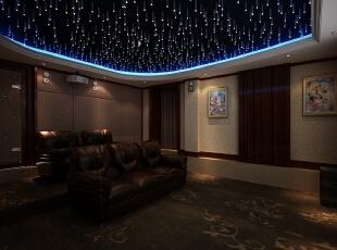 影音室的设置保证了最大化的影音效果,全封闭式空间内增加了仿古的博古架,步入影音室也是一场回忆的旅行,同时较好的展示收纳了艺术品。褐**调的设置,也保证了观影的效果,皮质沙发与大型地毯的使用增加了观影的舒适度,完美的诠释了影音室的别墅空间设计,为主人营造最优良的别墅生活。,800平,110万,新古典,别墅,影音室,棕色,