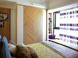 ,100平,7万,三居,现代,卧室,黄白,