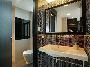 卫生间:暖色调为主,加上台面上的插花让整个空间充满生机,519平,30万,现代,别墅,卫生间,黑白,
