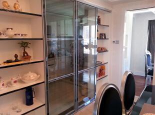 酒柜就可以代替厨房门,也可以代替酒柜门,130平,55万,新古典,三居,餐厅,黑白,白色,