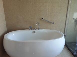 主卫浴缸,130平,55万,新古典,三居,卫生间,白色,黄色,