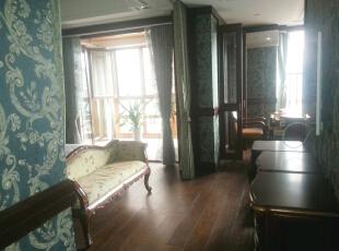主卧室电视通往书房,160平,60万,欧式,三居,卧室,白色,红色,黄色,