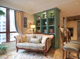,200平,20万,四居,现代,客厅,绿色,黄白,