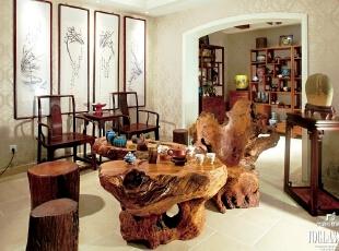 每年去宜兴淘紫砂壶  成了李先生的固定行程  如今李先生满满一面墙的紫砂壶中不乏灵犀之物,400平,100万,混搭,别墅,客厅,原木色,黄白,