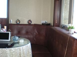 小餐厅,240平,60万,混搭,复式,餐厅,褐色,白色,