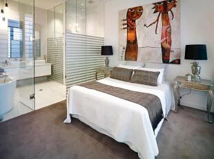 设计重点:落地玻璃门 编辑点评:书房最重要的是光线充足,大面积的落地玻璃门保证了书房的采光,同时也让书房显得更宽敞。白色书桌与墙壁相融,用艺术画来装饰单调的墙壁,书房角落充满文艺气息。,90平,10万,现代,三居,卧室,白色,