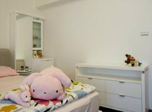 小孩房-小孩房的矮柜可自行移动,未来也可当作电视柜。,165平,15万,简约,四居,卧室,白色,