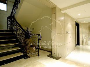 低调奢华,是一种生活态度,一种具有高贵品质的优越品位的生活方式,一种优质生活的表达,一种格调与品位的象征,同时也是一种风格的追求。,235平,235万,现代,别墅,阁楼,黄色,