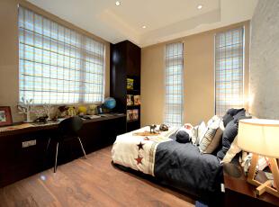 ,300平,60万,现代,一居,卧室,浅棕色,白色,